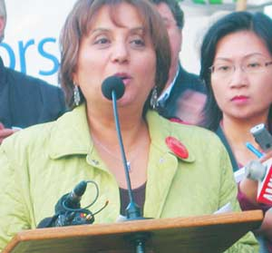 British Columbia Teachers Federation President Jinny Sims addresses strikers and supporters, 2005. Photo by Wayne Ross